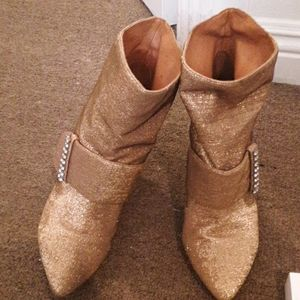 SEE BY CHLOE GOLD BOOTIES 7